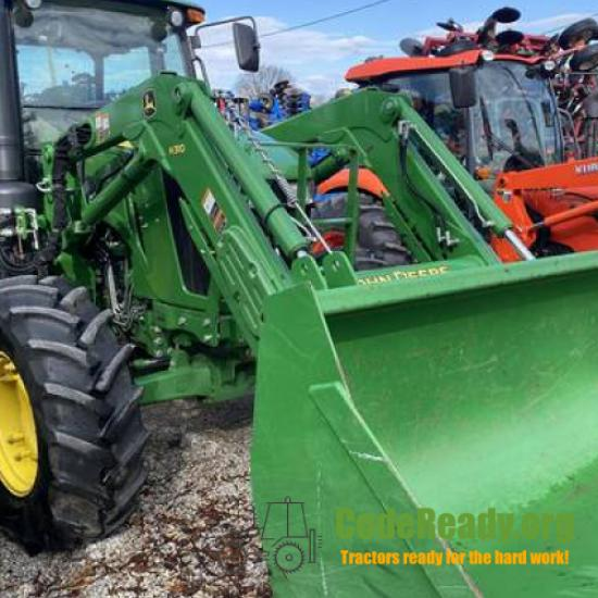 Used 2015 John Deere 6135E in Sigel, Illinois