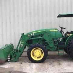 2014 John Deere 5085E