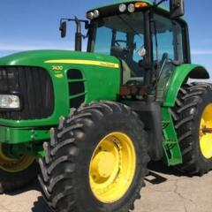2009 John Deere 7430 Premium