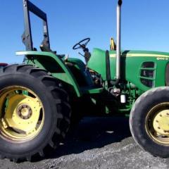 2012 John Deere 6100D