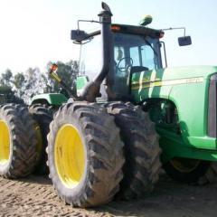 2007 John Deere 9320