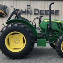 2018 John Deere 5065E